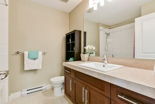 "Photo 22: 46 9525 204 Street in Langley: Walnut Grove Townhouse for sale in ""TIME"" : MLS®# R2470235"