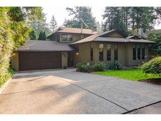 "Photo 3: 3852 196 Street in Langley: Brookswood Langley House for sale in ""Brookswood"" : MLS®# R2506766"