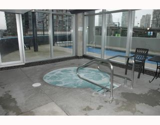 """Photo 9: 1607 501 PACIFIC Street in Vancouver: Downtown VW Condo for sale in """"THE 501"""" (Vancouver West)  : MLS®# V812585"""