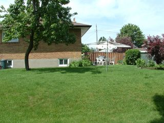Photo 12: 35 Doerr Road in Toronto: House (Bungalow) for sale (E09: TORONTO)  : MLS®# E1897274
