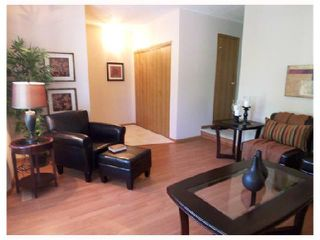 Photo 3: 76 DORGE Drive in WINNIPEG: Fort Garry / Whyte Ridge / St Norbert Residential for sale (South Winnipeg)  : MLS®# 2812121