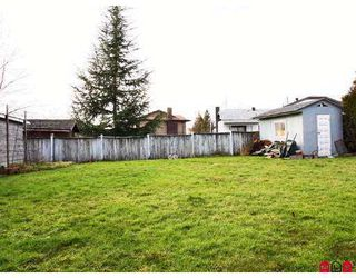 Photo 10: 6025 171A Street in Surrey: Cloverdale BC House for sale (Cloverdale)  : MLS®# F2702221