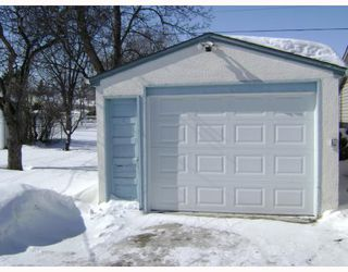 Photo 2:  in WINNIPEG: East Kildonan Residential for sale (North East Winnipeg)  : MLS®# 2903730