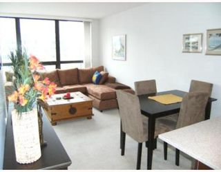 "Photo 2: 2008 938 SMITHE Street in Vancouver: Downtown VW Condo for sale in ""Electric Avenue"" (Vancouver West)  : MLS®# V769665"