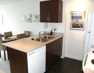 "Photo 6: 2008 938 SMITHE Street in Vancouver: Downtown VW Condo for sale in ""Electric Avenue"" (Vancouver West)  : MLS®# V769665"