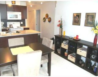 "Photo 5: 2008 938 SMITHE Street in Vancouver: Downtown VW Condo for sale in ""Electric Avenue"" (Vancouver West)  : MLS®# V769665"