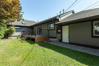 "Photo 12: 11366 - 11370 MAPLE Crescent in Maple Ridge: Southwest Maple Ridge House for sale in ""Port Hammond"" : MLS®# R2389937"