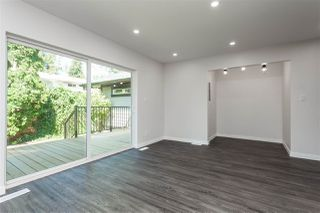 "Photo 16: 11366 - 11370 MAPLE Crescent in Maple Ridge: Southwest Maple Ridge House for sale in ""Port Hammond"" : MLS®# R2389937"