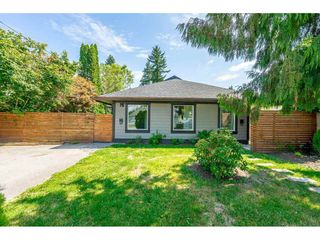 "Photo 1: 11366 - 11370 MAPLE Crescent in Maple Ridge: Southwest Maple Ridge House for sale in ""Port Hammond"" : MLS®# R2389937"