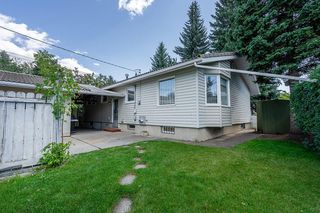 Photo 12: 5340 LA SALLE Crescent SW in Calgary: Lakeview Detached for sale : MLS®# C4266612