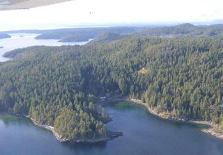 Main Photo: SITE 6 MARY POINT Road in No City Value: Out of Town Land for sale : MLS®# R2406852