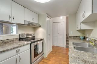 """Photo 5: 945 BLACKSTOCK Road in Port Moody: North Shore Pt Moody Townhouse for sale in """"WOODSIDE VILLAGE"""" : MLS®# R2410386"""
