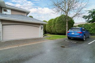 """Photo 12: 32 15273 24 Avenue in Surrey: King George Corridor Townhouse for sale in """"The Peninsula"""" (South Surrey White Rock)  : MLS®# R2425907"""