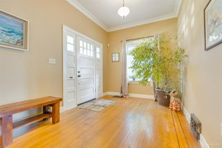Photo 4: 1110 DUBLIN Street in New Westminster: Moody Park House for sale : MLS®# R2482898