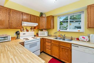 Photo 4: 27 3025 Cowichan Lake Rd in : Du West Duncan Row/Townhouse for sale (Duncan)  : MLS®# 858055