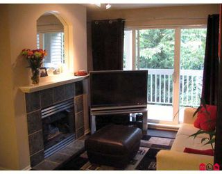 """Photo 7: 241 22020 49TH Avenue in Langley: Murrayville Condo for sale in """"MURRAY GREEN"""" : MLS®# F2920185"""