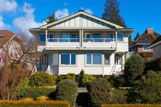 Main Photo: Upper 274 E.5th St. in North Vancouver: Lower Lonsdale Fourplex for rent