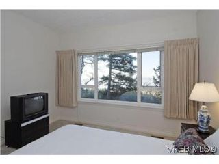 Photo 13: 8 942 Boulderwood Rise in VICTORIA: SE Broadmead Row/Townhouse for sale (Saanich East)  : MLS®# 527520