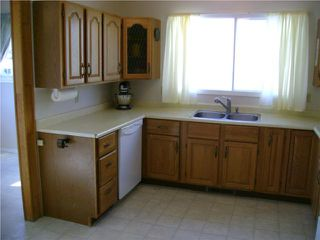 Photo 4: 372 Truro Street in WINNIPEG: St James Residential for sale (West Winnipeg)  : MLS®# 1008813