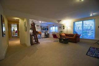 """Photo 10: 5615 HONEYSUCKLE Place in North Vancouver: Grouse Woods House for sale in """"Grouse Woods"""" : MLS®# V844305"""