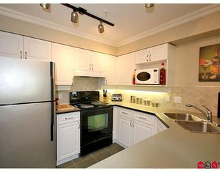 "Photo 6: 105 22025 48TH Avenue in Langley: Murrayville Condo for sale in ""Autumn Ridge"" : MLS®# F2821483"
