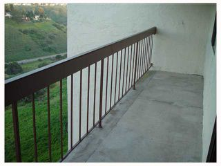 Photo 8: CLAIREMONT Condo for sale : 2 bedrooms : 3089 Cowley #31 in San Diego