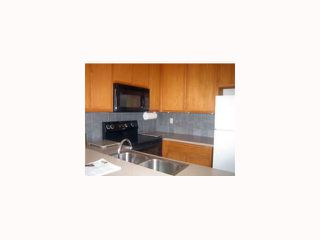 Photo 6: CLAIREMONT Condo for sale : 2 bedrooms : 3089 Cowley #31 in San Diego