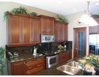 Photo 6: 140 Gleneagle Estates Lane: Cochrane Residential Detached Single Family for sale : MLS®# C3372565