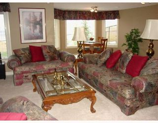 Photo 14: 140 Gleneagle Estates Lane: Cochrane Residential Detached Single Family for sale : MLS®# C3372565