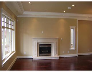 Photo 2: 780 W 60TH Avenue in Vancouver: Marpole House for sale (Vancouver West)  : MLS®# V765952