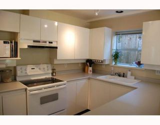 Photo 3: 101 146 W 13TH Avenue in Vancouver: Mount Pleasant VW Townhouse for sale (Vancouver West)  : MLS®# V775741