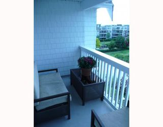 "Photo 7: 414 12633 NO 2 Road in Richmond: Steveston South Condo for sale in ""NAUTICA NORTH"" : MLS®# V775877"
