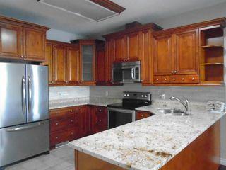 Photo 3: 10500 103 Avenue in Morinville: Condo for rent