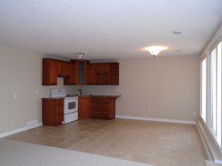 Photo 11: 10500 103 Avenue in Morinville: Condo for rent