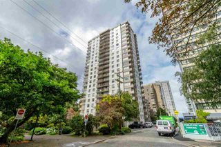 """Main Photo: 1004 1251 CARDERO Street in Vancouver: West End VW Condo for sale in """"SURFCREST"""" (Vancouver West)  : MLS®# R2420490"""