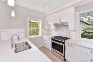 Photo 14: 298 Lone Oak Place in VICTORIA: La Mill Hill Single Family Detached for sale (Langford)  : MLS®# 419204