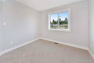 Photo 22: 298 Lone Oak Place in VICTORIA: La Mill Hill Single Family Detached for sale (Langford)  : MLS®# 419204