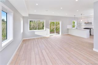 Photo 11: 298 Lone Oak Place in VICTORIA: La Mill Hill Single Family Detached for sale (Langford)  : MLS®# 419204