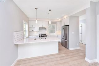 Photo 12: 298 Lone Oak Place in VICTORIA: La Mill Hill Single Family Detached for sale (Langford)  : MLS®# 419204