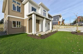 Photo 2: 298 Lone Oak Place in VICTORIA: La Mill Hill Single Family Detached for sale (Langford)  : MLS®# 419204