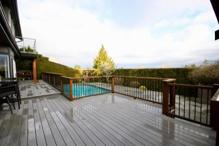 "Photo 19: 64 WOODLAND Drive in Delta: Tsawwassen East House for sale in ""THE TERRACE"" (Tsawwassen)  : MLS®# R2432092"
