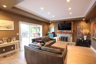 "Photo 8: 64 WOODLAND Drive in Delta: Tsawwassen East House for sale in ""THE TERRACE"" (Tsawwassen)  : MLS®# R2432092"