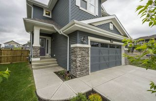 Photo 3: 584 Orchards Boulevard in Edmonton: Zone 53 House for sale : MLS®# E4198664
