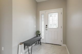 Photo 4: 584 Orchards Boulevard in Edmonton: Zone 53 House for sale : MLS®# E4198664