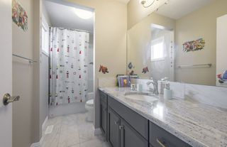 Photo 33: 584 Orchards Boulevard in Edmonton: Zone 53 House for sale : MLS®# E4198664