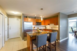 """Photo 22: 902 2225 HOLDOM Avenue in Burnaby: Central BN Condo for sale in """"Legacy Towers"""" (Burnaby North)  : MLS®# R2463125"""