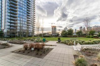 """Photo 23: 902 2225 HOLDOM Avenue in Burnaby: Central BN Condo for sale in """"Legacy Towers"""" (Burnaby North)  : MLS®# R2463125"""