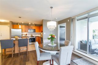 """Photo 3: 902 2225 HOLDOM Avenue in Burnaby: Central BN Condo for sale in """"Legacy Towers"""" (Burnaby North)  : MLS®# R2463125"""