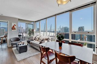 Photo 1: 2705 928 BEATTY Street in Vancouver: Yaletown Condo for sale (Vancouver West)  : MLS®# R2466444