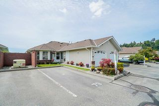 "Photo 2: 79 1973 WINFIELD Drive in Abbotsford: Abbotsford East Townhouse for sale in ""BELMONT RIDGE"" : MLS®# R2470545"